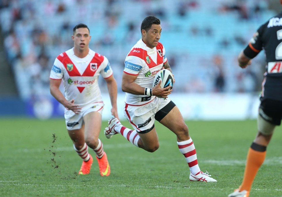 Digital Image by Robb Cox ©nrlphotos.com: :NRL Rugby League - Round 20, St George Illawarra Dragons V Wests Tigers at ANZ Stadium, Saturday July 27th 2014.