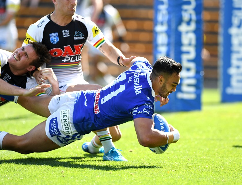 Briton Nikora scores for the Newtown Jets in the 2018 Preliminary Final.